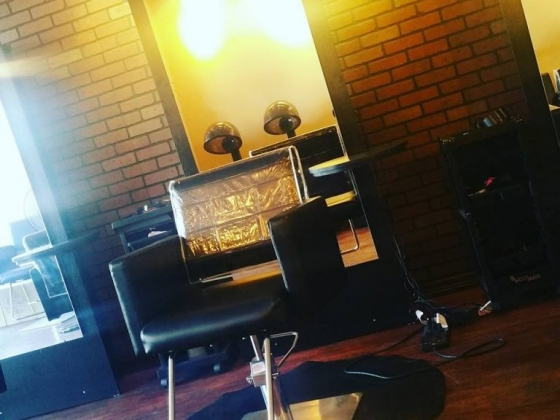 A Woman's Worth Hair Studio