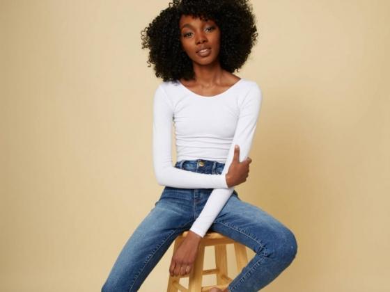 Black Entrepreneur Launches Mobile Hair Salon Service