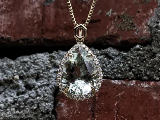 Saint Jewels