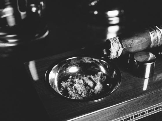 Leaf Cigar Lounge